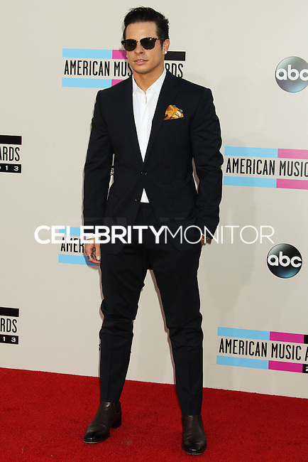 LOS ANGELES, CA - NOVEMBER 24: Casper Smart arriving at the 2013 American Music Awards held at Nokia Theatre L.A. Live on November 24, 2013 in Los Angeles, California. (Photo by Celebrity Monitor)
