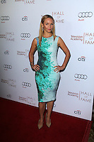 Lauren Bowles<br />
