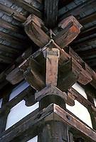 Nara:  Eave brackets, Sangatsu Hall. Photo '81.