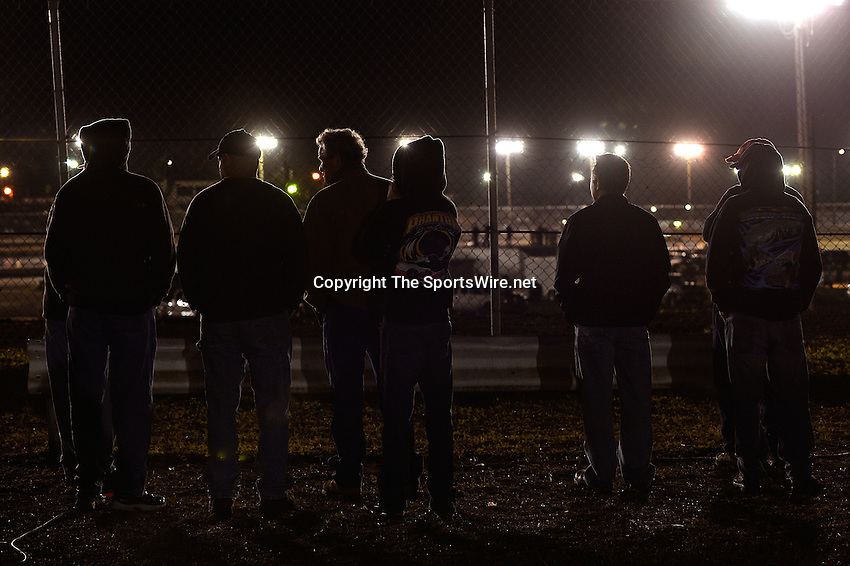 Feb 18, 2014; 9:39:37 PM;  Barberville, FL, USA;  World of Outlaws Late Model Series for 43rd Annual DIRTcar Nationals presented by Summit Racing Equipment at Volusia Speedway Park.  Mandatory Credit: (thesportswire.net)
