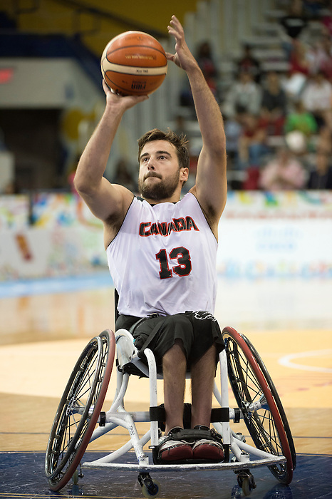 TORONTO, ON, AUGUST 8, 2015. Wheelchair Basketball - CAN 102-27VEN in men's action - Jonathan Vermette.<br /> Photo: Dan Galbraith/Canadian Paralympic Committee