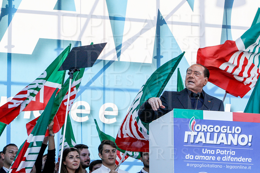 """Italian right Forza Italia party's leader Silvio Berlusconi speaks on the stage during the so-called """"Italian Pride!"""" political rally against government's economic policies in St. John Lateran Square, Rome, Italy, October 19, 2019.<br /> Update Images Press/Riccardo De Luca"""