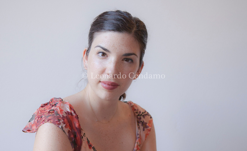 Il debutto di Julia Pierpont L'America trova il suo fenomeno. L'autrice crea il primo romanzo «Tra le infinite cose», edito in Italia da Mondadori,  Julia Pierpont si è laureata in Creative Writing alla New York University, ha ricevuto per la sua opera numerosi premi e riconoscimenti. Vive a New York City. Mantova Festivaletteratura 2016. © Leonardo Cendamo