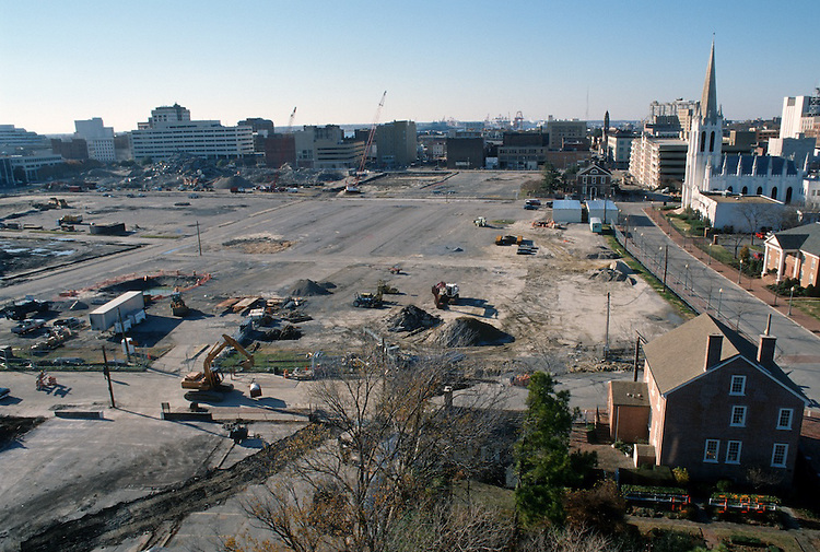 1996 DECEMBER 03..Redevelopment..Macarthur Center.Downtown North (R-8)..LOOKING WEST...NEG#.NRHA#..