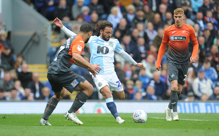 Blackburn Rovers' Bradley Dack under pressure from Swansea City's Cameron Carter-Vickers<br /> <br /> Photographer Kevin Barnes/CameraSport<br /> <br /> The EFL Sky Bet Championship - Blackburn Rovers v Swansea City - Sunday 5th May 2019 - Ewood Park - Blackburn<br /> <br /> World Copyright © 2019 CameraSport. All rights reserved. 43 Linden Ave. Countesthorpe. Leicester. England. LE8 5PG - Tel: +44 (0) 116 277 4147 - admin@camerasport.com - www.camerasport.com