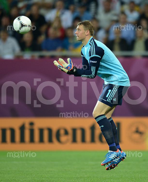 FUSSBALL  EUROPAMEISTERSCHAFT 2012   VORRUNDE Deutschland - Portugal          09.06.2012 Torwart Manuel Neuer (Deutschland)