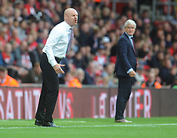 Burnley manager Sean Dyche shouts instructions to his team from the dug-out <br /> <br /> Photographer Kevin Barnes/CameraSport<br /> <br /> The Premier League - Southampton v Burnley - Sunday August 12th 2018 - St Mary's Stadium - Southampton<br /> <br /> World Copyright &copy; 2018 CameraSport. All rights reserved. 43 Linden Ave. Countesthorpe. Leicester. England. LE8 5PG - Tel: +44 (0) 116 277 4147 - admin@camerasport.com - www.camerasport.com