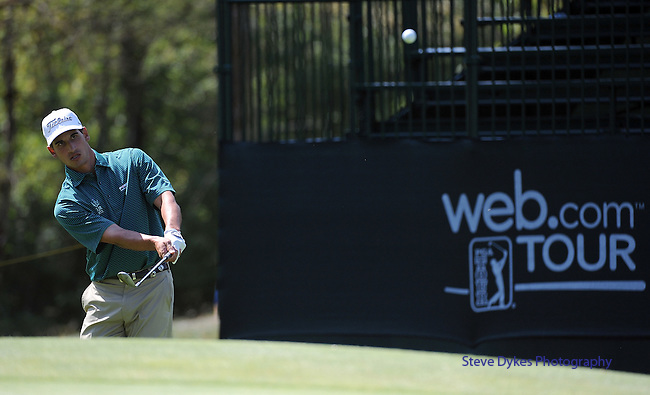 NORTH PLAINS, OR - AUGUST 21: Dominic Bozelli chips o to the green on the 18th hole during the first round of the WinCo Foods Portland Open presented by Kraft on August 21, 2014 in North Plains, Oregon.  (Photo by Steve Dykes/Getty Images) *** Local Caption *** Dominic Bozelli