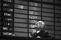 Gianni Agnelli, President of Confindustria and Fiat, at Milan Stock Exchange (March 1976)....Giovanni Agnelli, presidente di Fiat e Confindustria alla Borsa Valori di Milano (marzo 1976)