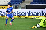 Steven Zuber (Hoffenheim) schiesst das Tor zum 3-0 gegen Torwart Torwart Timo Horn (1. FC Koeln).<br /> <br /> Sport: Fussball: 1. Bundesliga: Saison 19/20: 28. Spieltag: TSG 1899 Hoffenheim - 1. FC Koeln, 27.05.2020<br /> <br /> Foto: Markus Gilliar/GES/POOL/PIX-Sportfotos.<br /> <br /> Nur für journalistische Zwecke! Only for editorial use!<br /> <br /> Gemäß den Vorgaben der DFL Deutsche Fußball Liga ist es untersagt, in dem Stadion und/oder vom Spiel angefertigte Fotoaufnahmen in Form von Sequenzbildern und/oder videoähnlichen Fotostrecken zu verwerten bzw. verwerten zu lassen. DFL regulations prohibit any use of photographs as image sequences and/or quasi-video.