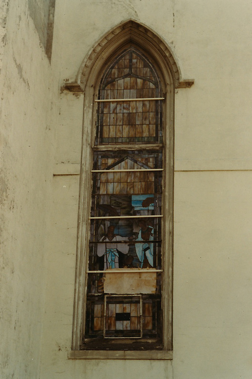 1966 June..Conservation.Downtown North (R-8)..Bank Street Baptist Church.501 Bank Street.Views of Stained Glass Windows..19. Closeup of North Narthex Window ...NEG#.NRHA#..