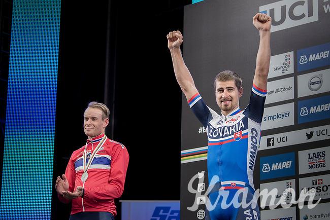 Peter Sagan (SVK/Bora-Hansgrohe) crowns himself World Champion for the 3rd (successive) time <br /> Alexander Kristoff  (NOR/Katusha-Alpecin) takes silver.<br /> <br /> Men Elite Road Race<br /> <br /> UCI 2017 Road World Championships - Bergen/Norway