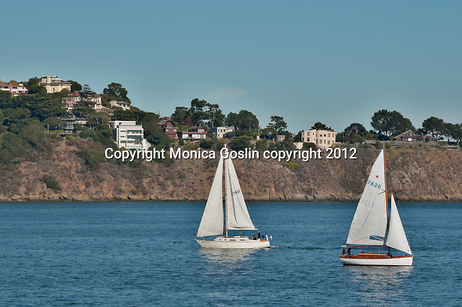 Sailboats and beach houses on the cliffs of Sausalito, California