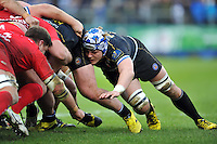 David Denton of Bath Rugby in action at a scrum. European Rugby Champions Cup match, between Bath Rugby and RC Toulon on January 23, 2016 at the Recreation Ground in Bath, England. Photo by: Patrick Khachfe / Onside Images