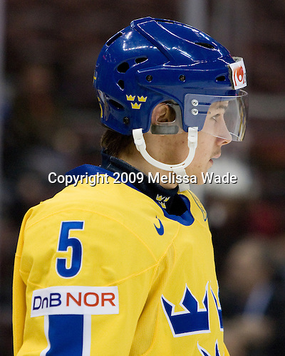 Erik Karlsson (Sweden - 5) - Sweden defeated Slovakia 5-3 on Saturday, January 3, 2009, at Scotiabank Place in Kanata (Ottawa), Ontario, during the 2009 World Junior Championship.