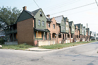 1985 January ..Conservation.Central Brambleton....801-821 MARSHALL AVENUE.BEFORE REHAB...NEG#.NRHA#..