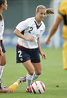 10 July 2005:  Heather Mitts of USA in action against Ukraine at Merlo Field at University of Portland in Portland, Oregon.    USA defeated Ukraine, 7-0.   Credit: Michael Pimentel / ISI