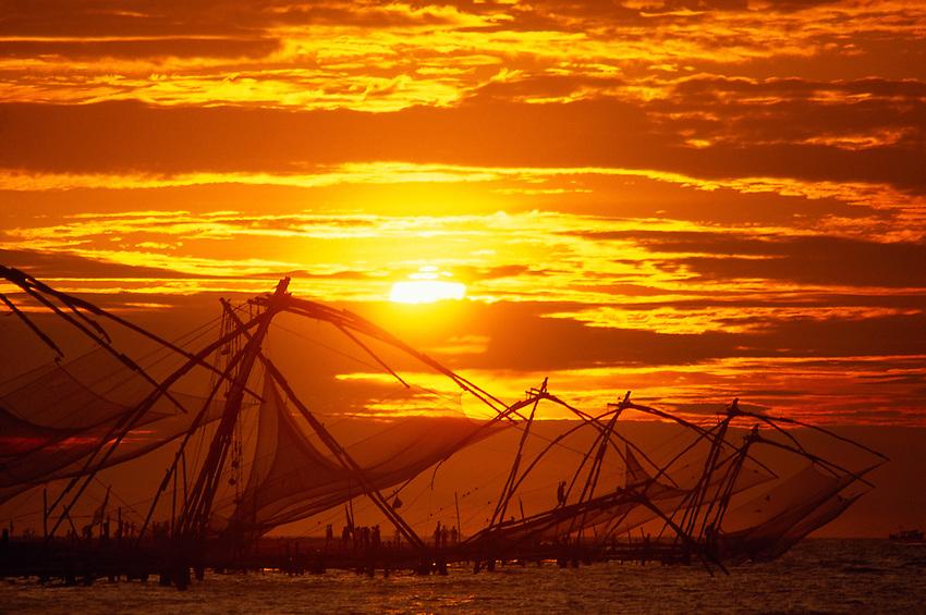 Chinese fishing nets at sunset, Fort Cochin, Kochi (Cochin), Kerala, India