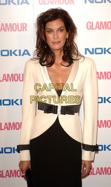 TERI HATCHER.The Glamour magazine 3rd Annual Women Of The Year Awards, Berkley Sqaure, London, England..June 6th, 2006.Ref: BEL.half length white jacket black belt.www.capitalpictures.com.sales@capitalpictures.com.© Capital Pictures.