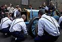 04/06/05 - CIRCUIT HISTORIQUE - PUY DE DOME - FRANCE - Commemoration officielle du Centenaire de la Course GORDON BENNETT. Arret au stand ancetre du Pit-stop sur la Richard BRASIER de la famille MICHELIN - Photo Jerome CHABANNE