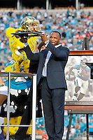 September 30, 2012:   Former Jacksonville Jaguars player Fred Taylor is inducted into the Jaguars Pride of Honor at halftime of the game between the Jacksonville Jaguars and the Cincinnati Bengals played at EverBank Field in Jacksonville, Florida.   Cincinnati defeated Jacksonville 27-10.........