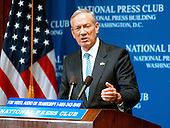 "Washington, D.C. - August 5, 2006 -- Governor George Pataki of New York speaks on ""Energy Freedom, Putting and End to Foreign Oil's Dangerous Grip on America's Future"" at the National Press Club in Washington, D.C. on August 7, 2006.  In his remarks, Pataki called for the United States to be energy independent in 10 years.<br /> Credit: Ron Sachs / CNP"