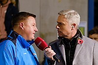 Matt Smith talks to Hampton & Richmond manger Gary McCann ahead of Hampton & Richmond Borough vs Oldham Athletic, Emirates FA Cup Football at the Beveree Stadium on 12th November 2018