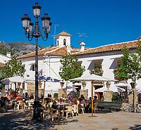 Spanien, Andalusien, Provinz Cádiz, Grazalema: Pueblo Blanco - weisses Dorf - Café | Spain, Andalusia, Cádiz Province, Grazalema: White Village - Cafe Scene