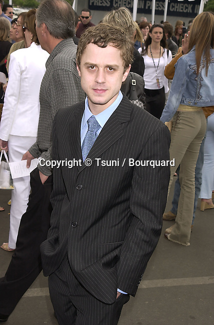 Giovanni Ribissi arriving at the16th Independent Spirit Awards in Santa Monica Beach in Los Angeles 3/24/2001  © Tsuni          -            RibissiGiovanni04.jpg