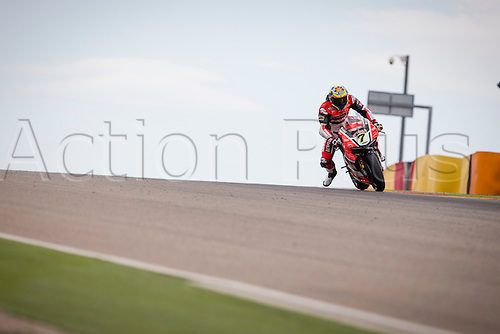 03.04.2016. Motorland, Aragon, Spain, World Championship Motul FIM of Superbikes. Chaz Davies #7, Ducati 1199 Panigale R rider of Superbike in action during the Race  in the World Championship Motul FIM of Superbikes from the Circuito de Motorland.