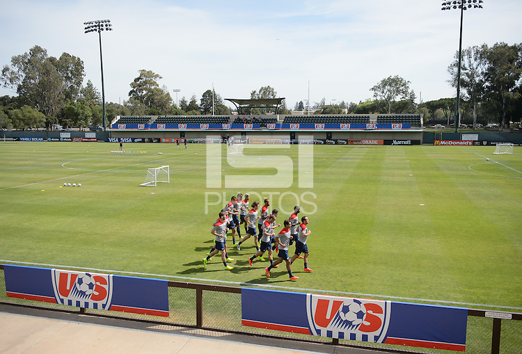 Stanford, California - Friday, May 16, 2014: USMNT training at Stanford University.
