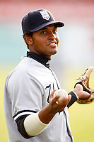August 15, 2009:  Outfielder Zoilo Almonte of the Staten Island Yankees during a game at Dwyer Stadium in Batavia, NY.  Staten Island is the Short-Season Class-A affiliate of the New York Yankees.  Photo By Mike Janes/Four Seam Images