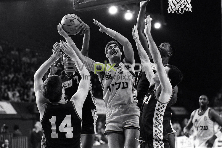 Pix:Michael Steele/SWpix...Basketball, Alexander Palace, London, 1991...COPYRIGHT PICTURE>>SIMON WILKINSON..Basketball, Alexander Palace, London..