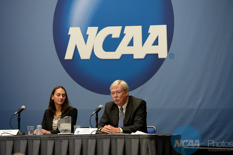 15 JAN 2014:  The Educational Session: Rules Compliance and Institutional Integration takes place during the 2014 NCAA Convention in San Diego, CA.  Jamie Schwaberow/NCAA Photos (Pictured:  Dave Roberts)