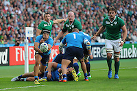 Edoardo Gori of Italy passes during Match 28 of the Rugby World Cup 2015 between Ireland and Italy - 04/10/2015 - Queen Elizabeth Olympic Park, London<br /> Mandatory Credit: Rob Munro/Stewart Communications