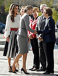 Queen Letizia of Spain (c) and Queen Rania of Jordan (l) with the Spanish biochemistry Margarita Salas during the visit to the 'Severo Ochoa' Molecular Biology Centre at the Universidad Autonoma of Madrid. November 18, 2015. (ALTERPHOTOS/Acero)