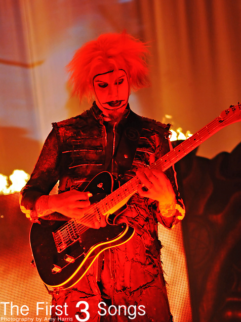 John Lowery (also known as John 5), guitarist for Rob Zombie, performs live during the Halloween Hootenanny at Municipal Auditorium in Nashville, Tennessee on October 20, 2010.