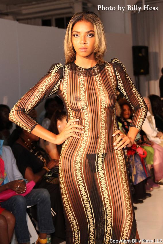 Small Boutique Fashion week Season 12