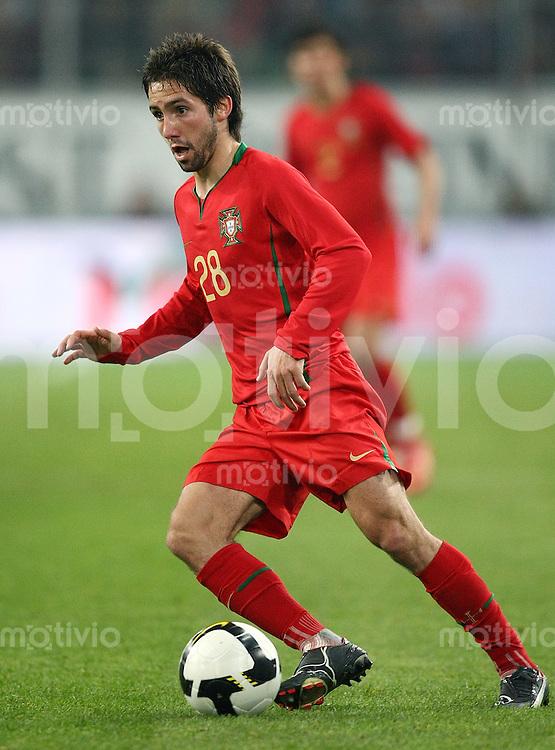FUSSBALL     Internationales Testlaenderspiel     SAISON 2007/2008  Portugal - Griechenland              26.03.2008 Joao Moutinho (Portugal), Einzelaktion am Ball