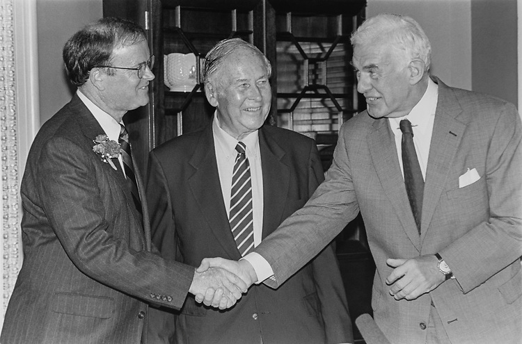 Rep. Sam Farr, D-Calif., father Sen. Frederick Farr, along with Speaker of the House Rep. Tom Foley, D-Wash., at Mock Swear-in, on June 17, 1993. (Photo by Laura Patterson/CQ Roll Call via Getty Images)