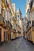 Spanien, Andalusien, Cadiz: Calle Sagasta in der historischen Altstadt | Spain, Andalusia, Cadiz: View along Calle Sagasta in the historic centre