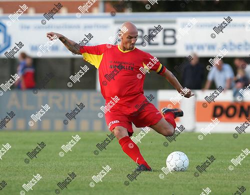 2009-08-26 / Voetbal / seizoen 2009-2010 / Kapellen FC / Didier Dheedene..Foto: Maarten Straetemans (SMB)