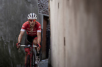Markel Irizar (ESP/Trek Segafredo) returning to the teambus through a small alley behind the finish zone after the race. <br /> <br /> Binckbank Tour 2018 (UCI World Tour)<br /> Stage 7: Lac de l'eau d'heure (BE) - Geraardsbergen (BE) 212.7km