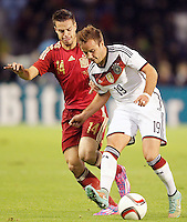 Spain's Cesar Azpilicueta (l) and Germany's Gotze during international friendly match.November 18,2014. (ALTERPHOTOS/Acero) /NortePhoto<br /> NortePhoto.com
