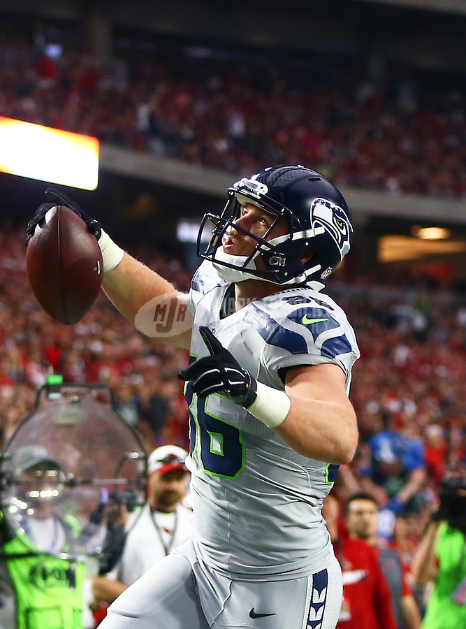 Jan 3, 2016; Glendale, AZ, USA; Seattle Seahawks tight end Chase Coffman (86) celebrates after scoring a touchdown against the Arizona Cardinals at University of Phoenix Stadium. Mandatory Credit: Mark J. Rebilas-USA TODAY Sports