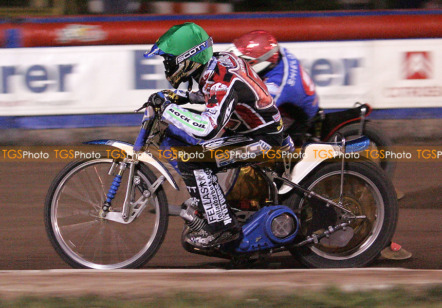 Heat 11 - Simon Stead (Green) of Belle Vue and Adam Shields (Red) of Lakeside - Lakeside Hammers vs Belle Vue KO Cup at The Arena Essex Raceway, Thurrock - 04/05/07 - MANDATORY CREDIT: Rob Newell/TGSPHOTO