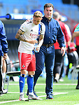 v.l. Sonny Kittel, Trainer Dieter Hecking (HSV)<br />Hamburg, 28.06.2020, Fussball 2. Bundesliga, Hamburger SV - SV Sandhausen<br />Foto: Tim Groothuis/Witters/Pool//via nordphoto<br /> DFL REGULATIONS PROHIBIT ANY USE OF PHOTOGRAPHS AS IMAGE SEQUENCES AND OR QUASI VIDEO<br />EDITORIAL USE ONLY<br />NATIONAL AND INTERNATIONAL NEWS AGENCIES OUT