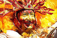 BARRANQUILLA-COLOMBIA- 25-02-2017: Desfile de la Batalla de flores den carnaval 2017. Carnaval de Barranquilla 2017 invita a todos los colombianos a contagiarse del Jolgorio general de una de las festividades más importantes del país y que se lleva a cabo del 9 hasta el 28 de febrero de 2016. / Batalla de Flores parade of the Carnaval 2017. Carnaval de Barranquilla 2017 invites all Colombians to catch the general reverly that make it one of the most important festivals of the country and take place until February 28, 2017.  Photo: VizzorImage / Santiago Perez / Cont