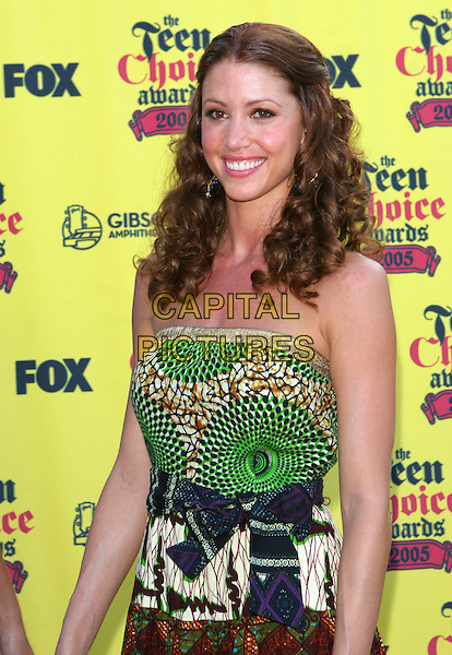 SHANNON ELIZABETH.2005 Teen Choice Awards held at the Gibson Amphitheatre,Universal City, California..August 14th, 2005.Photo Credit: Jacqui Wong/AdMedia.half length pattern print strapless dress.www.capitalpictures.com.sales@capitalpictures.com.© Capital Pictures.