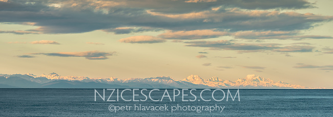 Southern Alps at sunrise, seen from Punakaiki, Paparoa National Park, Buller Region, West Coast, New Zealand, NZ